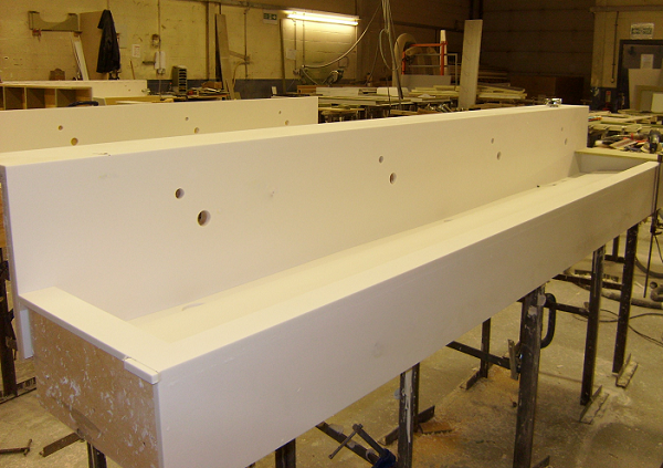solid-surface-sink-trough